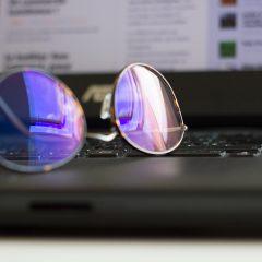 lunettes anti-lumière bleue spéciales écrans