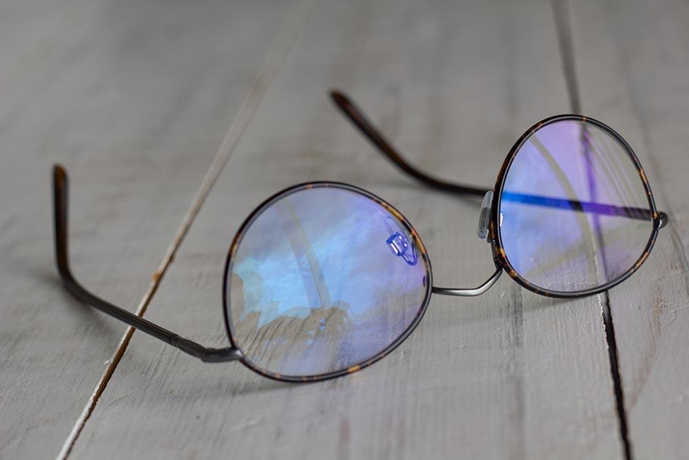 0633ca4dede995 lunettes anti-lumière bleue spéciales écrans - Ma Maison Intelligente