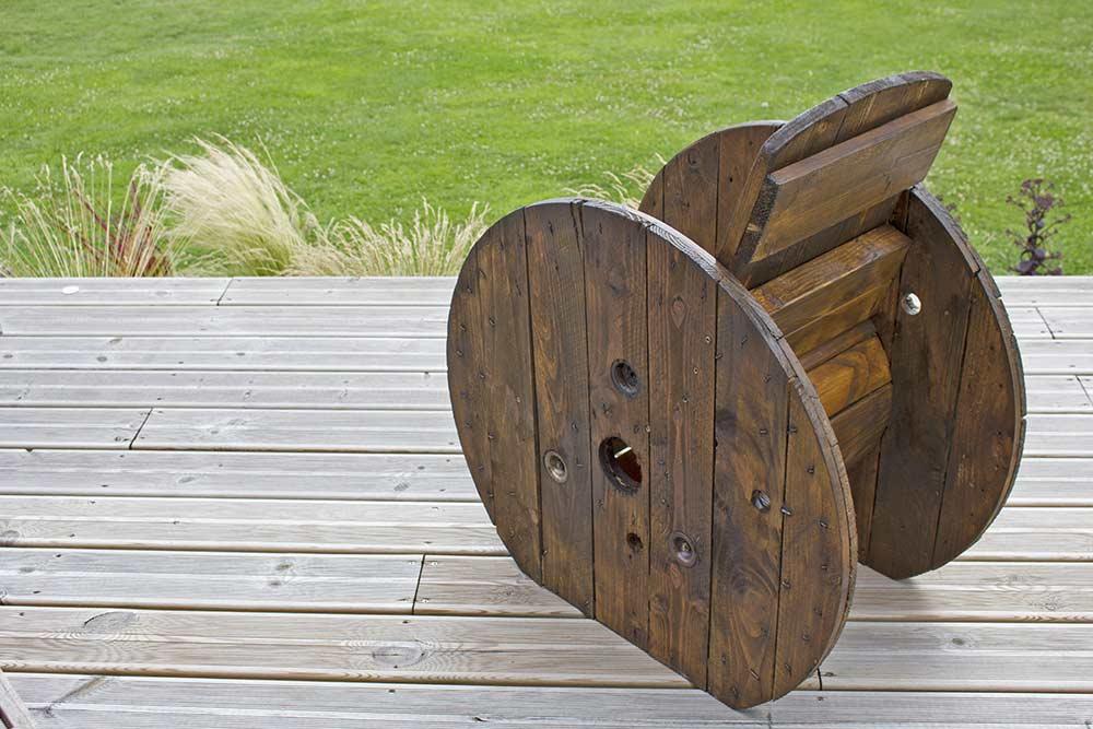 fabriquer un fauteuil de jardin pour z ro euros ma maison intelligente. Black Bedroom Furniture Sets. Home Design Ideas